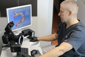 Cyfrowe technologie to podstawa nowoczesnej stomatologii. Implanty Szczecin