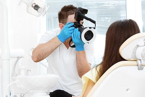 Profesjonalna fotografia wewnątrzustna jest jednym z elementów diagnostyki